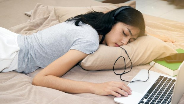 """""""Trabalhe enquanto eles dormem"""": descubra a importância do sono e porquê essa frase pode ser um perigo!"""